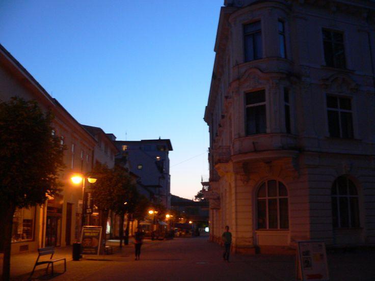 Trenčianske Teplice (Slovakia), square, lights, people, evening