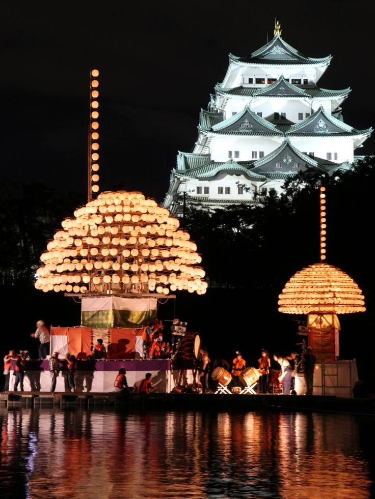 Nagoya Castle and festival boats with lanterns, Aichi, Japan 名城・堀川まきわら祭り