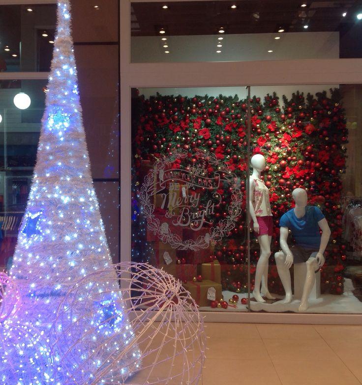 Christmas deco 2014 GBLC mall Mauritius window display