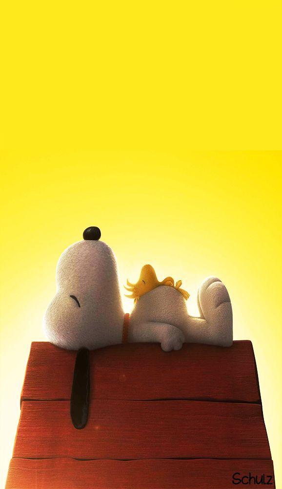 Snoopy Woodstock Sleeping On Doghouse | http://www.freecomputerdesktopwallpaper.com/peanuts.shtml