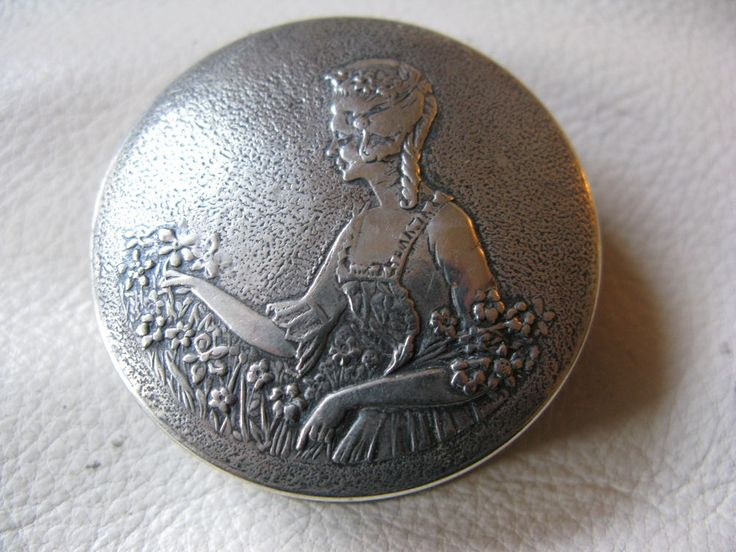Antique Silver T Victorian Woman Powder Sifter Purse Compact NORIDA 1924 NICE