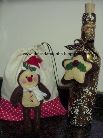Saco com boneco de gengibre e garrafa pintada com aplicação em feltro