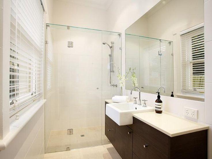 Frameless glass in a bathroom design from an Australian home - Bathroom Photo 523385