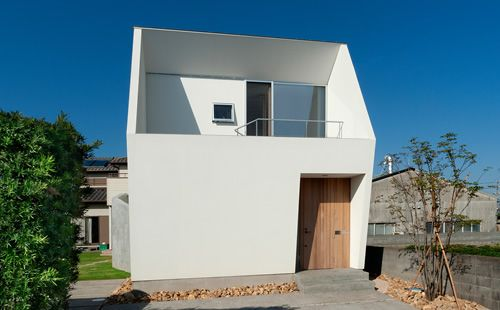 シンプルモダン 岐阜のLIC・山本建築設計事務所 | スキップフロアー N-house-磐田 静岡県