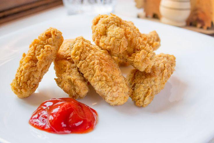 Ингредиенты: куриные крылья мука специи яйца или ледяная газированная вода масло для фритюра Рецепт: смешиваем специи с мукой обваливаем подготовленны...