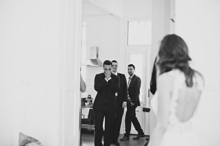 Bori & Tomi © pinewoodweddings.com