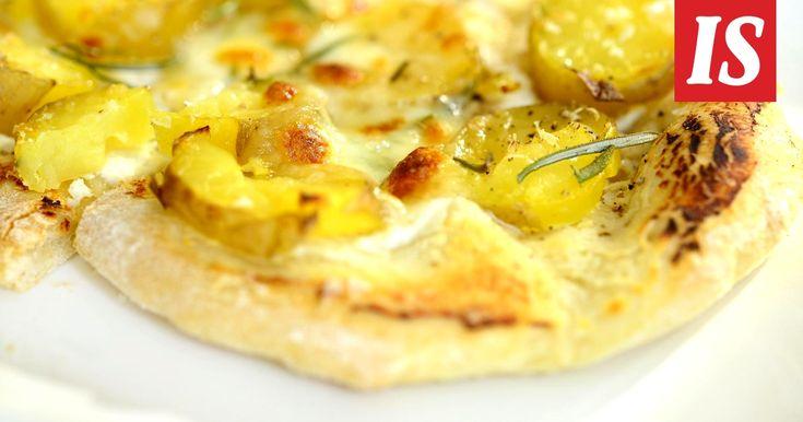 Pizzojen täytteissä rajana on vain luovuus. Marttaliiton ohjeessa täytteenä on perunaa ja sipulia.
