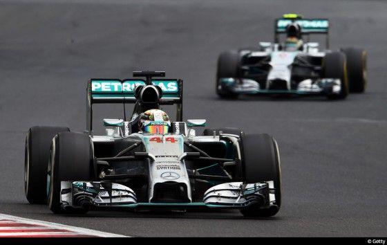 Dernier GP avant la pause estivale : Le Grand Prix de Hongrie. Un des plus beaux de la saison avec suspense, crash, dépassement et pluie.