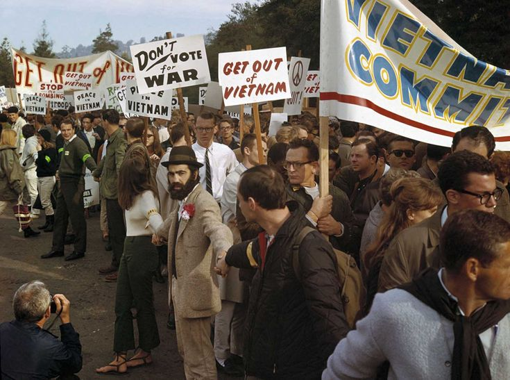 83 Chicago 7 8 Trial Ideas In 2021 Vietnam Protests Vietnam War Anti War
