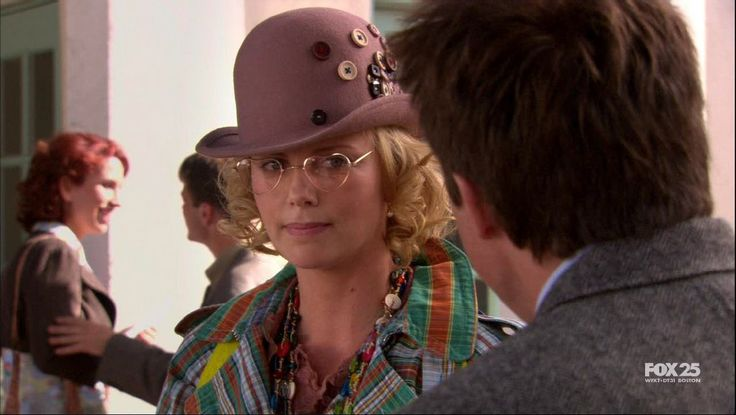 Charlize Theron - Arrested Development - 2005