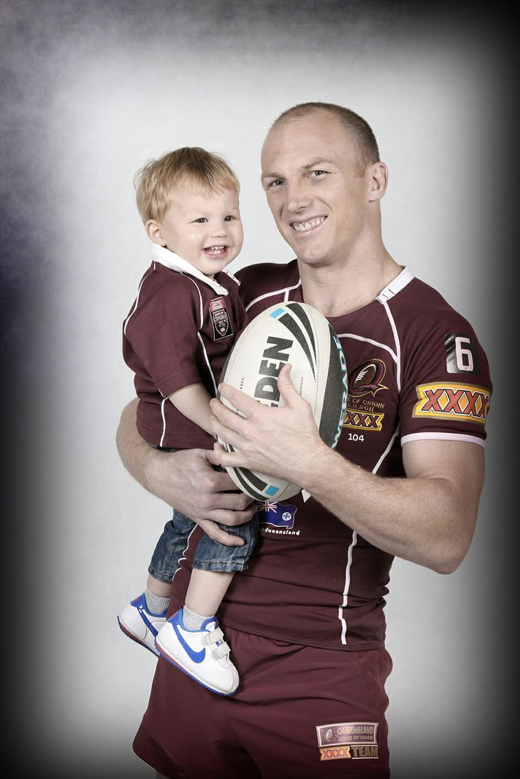 Darren Lockyer by Tertius Pickard