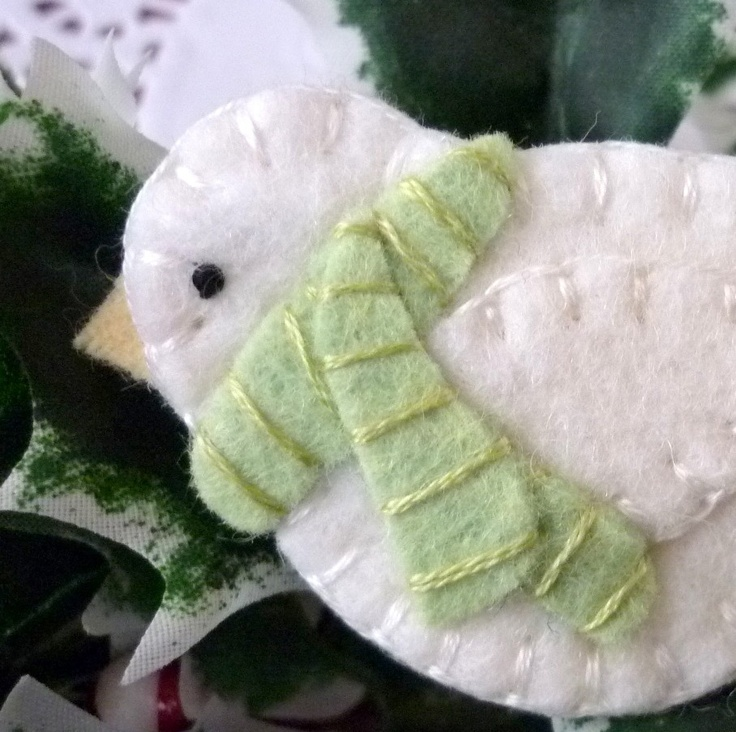 Wool Felt Winter Bird with Scarf Pin Brooch