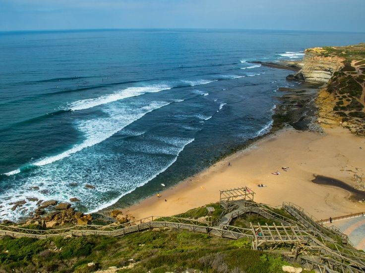 Ribeira d'Ilhas - Ericeira - One of Europe's best waves - Stay ON!!