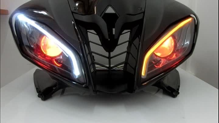 Yamaha YZF R6 Motorcycle HID LED projector headlights http://www.ktmotorcycle.com/yamaha-yzf-r6-optical-fiber-custom-headlight-assembly-2006-2007-v2-integrated-with-turn-signal-function.html
