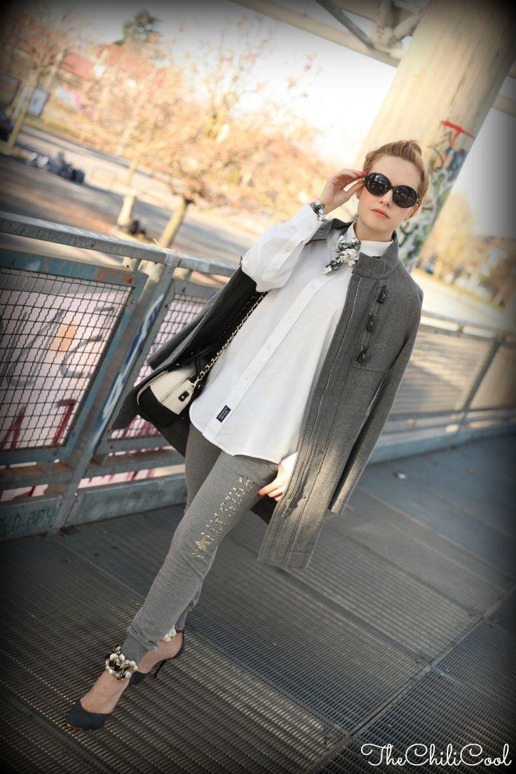 Alessia di @Alessia Milanese e un #outfit #LollyStar all'insegna del colore #grigio!