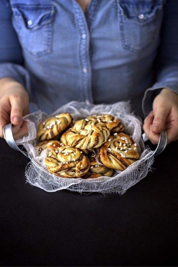Bullar  #walnuts #walnut #honey #brekafast