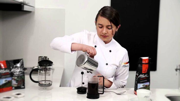 Cómo preparar café en una cafetera de prensa francesa