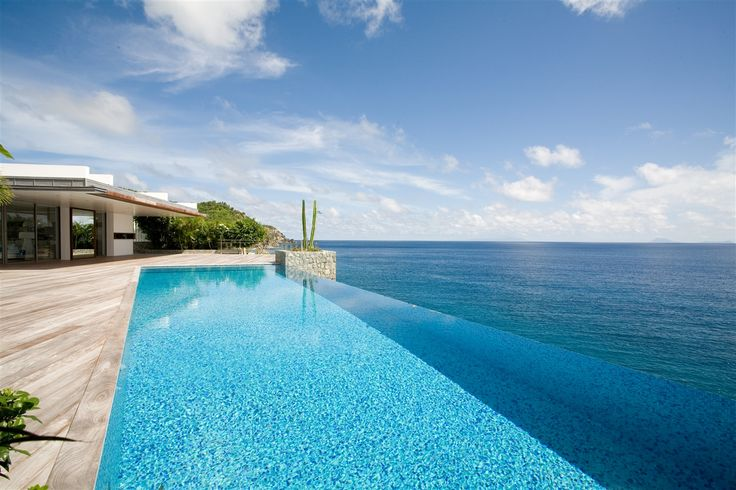 Villa Wickie in St Barts. One of the most stunning 6 bedroom villa located near Gustavia.