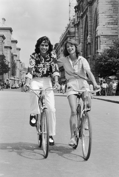 JEAN-MICHEL JARRE ET CHARLOTTE RAMPLING À PARIS, LE 12 AOÛT 1980 - La galerie photo ParisMatch.com