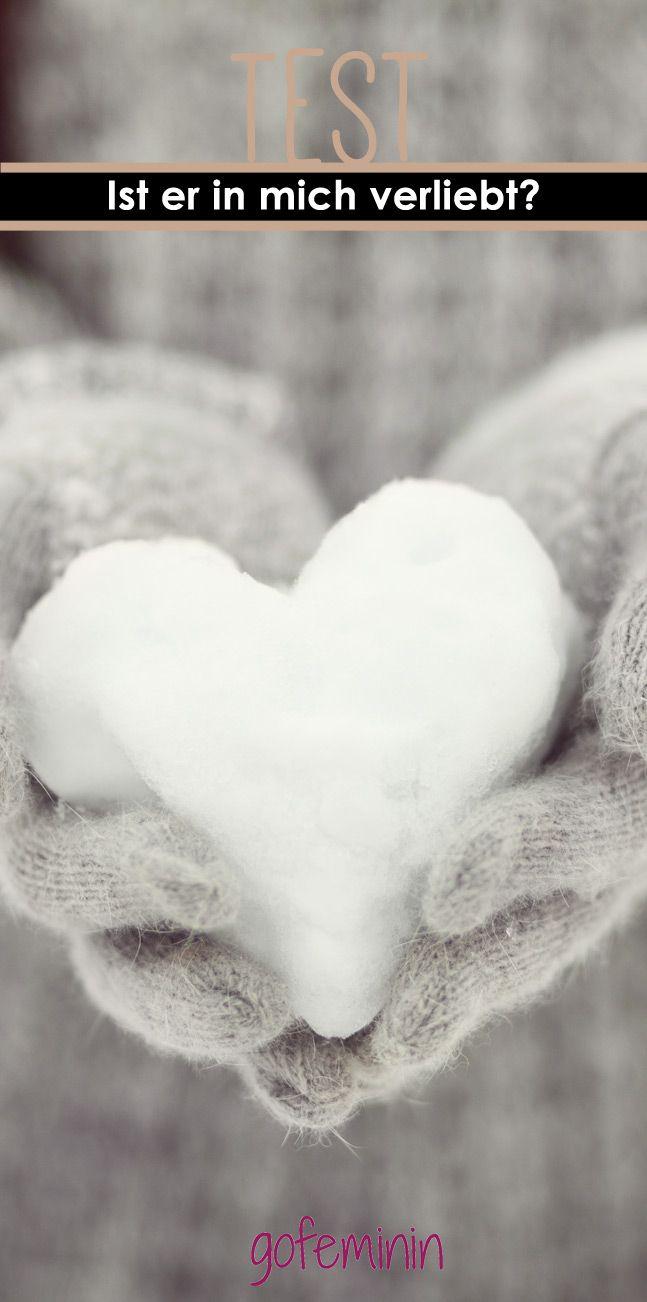 Hör auf den Blumen die Blätter auszureißen. Wir sagen dir, ob er dich liebt. http://www.gofeminin.de/psychotests/ist-er-in-mich-verliebt-s2080415.html
