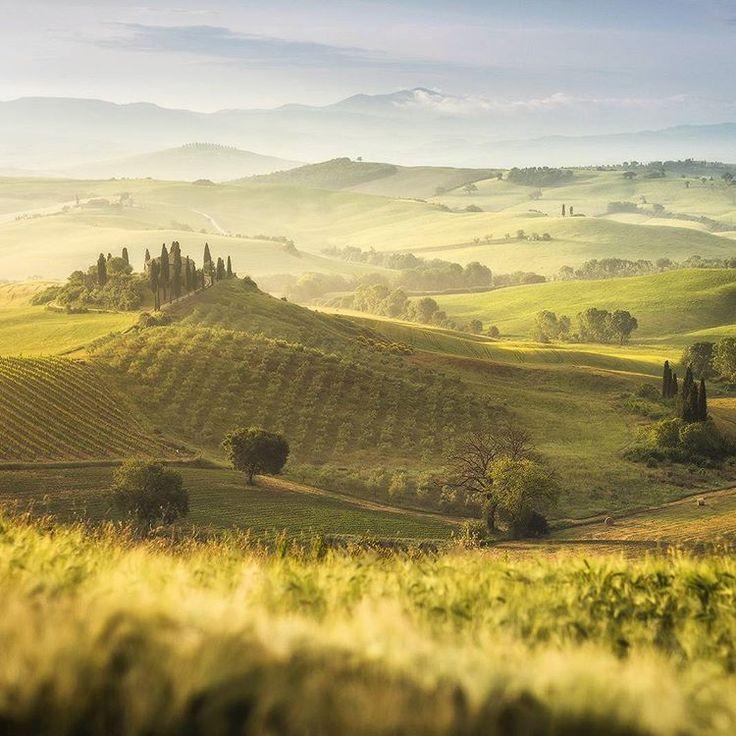 Bella Toscana! Enjoying idyllic landscapes of Tuscany with my group these days. Danielkordan.com #tuscany #valdorcia #Italy