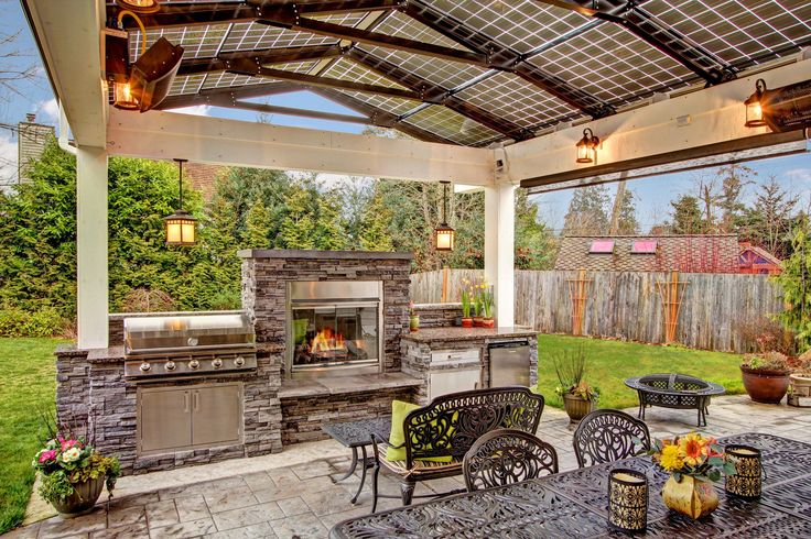 Steele Grills In An Amazing Outdoor Kitchen With A Solar