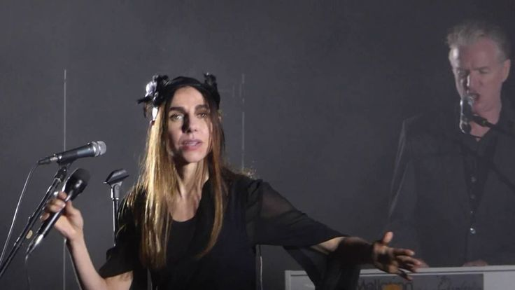 PJ Harvey - The Glorious Land (Primavera Sound Porto, 10 Junho 2016)