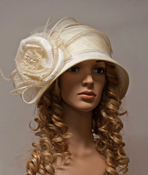 White and ivory vintage style straw cloche hat for by MargeIilane ... 63786e68e7b