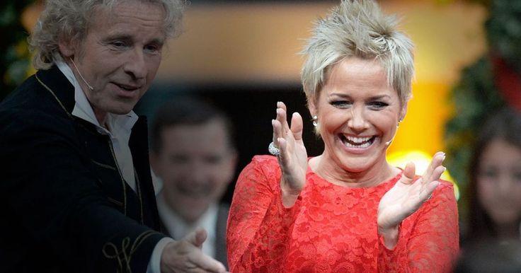 """Der Witz ging daneben! Bei ihrem Haussender RTL machte sich """"Bauer sucht Frau""""-Moderatorin Inka Bause auf unangenehme Weise über ihre Ex-Kandidatin Narumol lustig."""