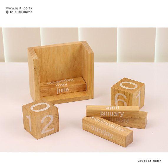 Calendar Wooden Blocks : Ideas about wooden calendar on pinterest pallet
