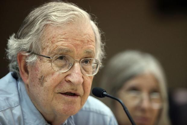 Donald Trump's nuclear expansion tweet 'one of the most frightening things', says Noam Chomsky The US and Russia already own more than 93 per cent of nuclear warheads in the world December 23 2016 #Chomsky