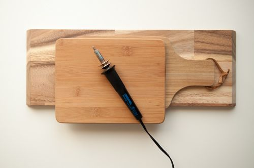 DIY: Etched Cutting Boards. So easy and they make a really cool gift.     Design Mom
