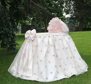 Beautiful and sweet baby bassinet! http://www.wellappointedhouse.com/Products/151494-the-well-appointed-house-lulla-smith-belle-bassinet-free-shipping.aspx