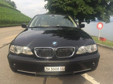 BMW 330xi Six in-line