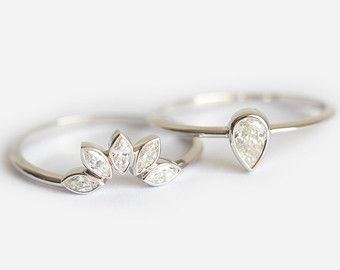 Wedding Set Pear Diamond Ring With Curved Diamond by MinimalVS