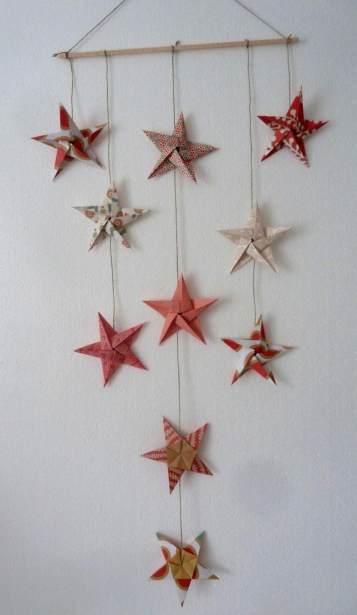 mobile 10 étoiles décoration Noël en origami, rouge, or,noir, vert - décoration murale, chambre bébé fille garçon enfant