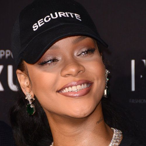 cool People Seem To Think Rihanna Cares About Drake Dating Jennifer Lopez Check more at https://10ztalk.com/2016/12/26/people-seem-to-think-rihanna-cares-about-drake-dating-jennifer-lopez/