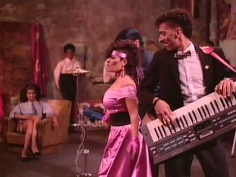 """LISA LISA & CULT JAM / I WONDER IF I TAKE YOU HOME (1985) -- Check out the """"I ♥♥♥ the 80s!!"""" YouTube Playlist --> http://www.youtube.com/playlist?list=PLBADA73C441065BD6 #1980s #80s"""