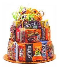 Great centerpiece for your halloween party!: Doors Prizes, Cakes Walks, Booths Idea, Payday Bar, Walks Idea, Fall Halloween, Party Idea, Candy Cakes, Halloween Party