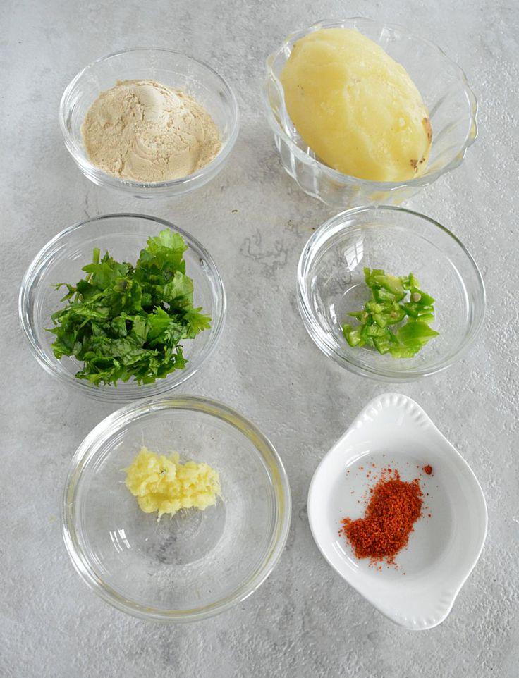 How to make Vrat Dahi Vada or Dahi Bhalla. Step by step Vrat Dahi Vada or Dahi Bhalla recipe. Navratri ka khana. A guide to Navratri food and Vrat recipes.