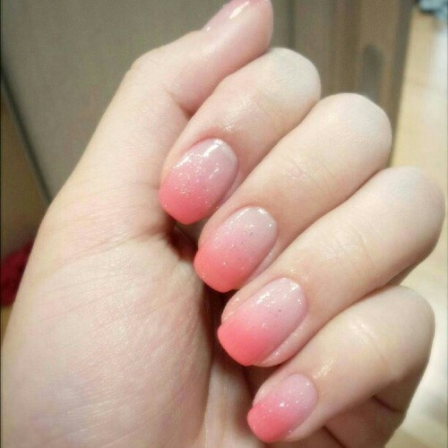 Two Tone Nail Polish Fade: 25+ Best Ideas About Fading Nails On Pinterest