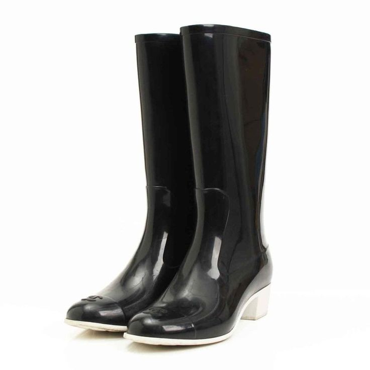 #Chanel #Baby #Animal #Rubber #Rain & #7 #Grade #A #Black #& #White #Size #38 #Boots #ootd #silverring #losangeles #la #dtla #laliving #lastyle #style #fashion #apparel #king #menswear #mensfashion #blingbling #boomerang #yesthosearemyrealnails #loveitone #labradorite #turquoise #vintageinspired #getinspired #silverbeardomsk #silverbeard #madeinsiberia #jewelry #wedding #weddingrings #свадьбаомск #серебрянаяборода #ювелирнаямастерская