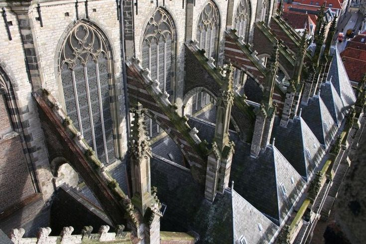 Dordrecht<br />Dordrecht - Grote Kerk (bogen)