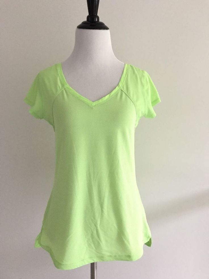 Lululemon Athletica Top Size 6 Yoga Shirt Pullover Mesh Fitted Workout Green Top #Lululemon #lululemonyoga