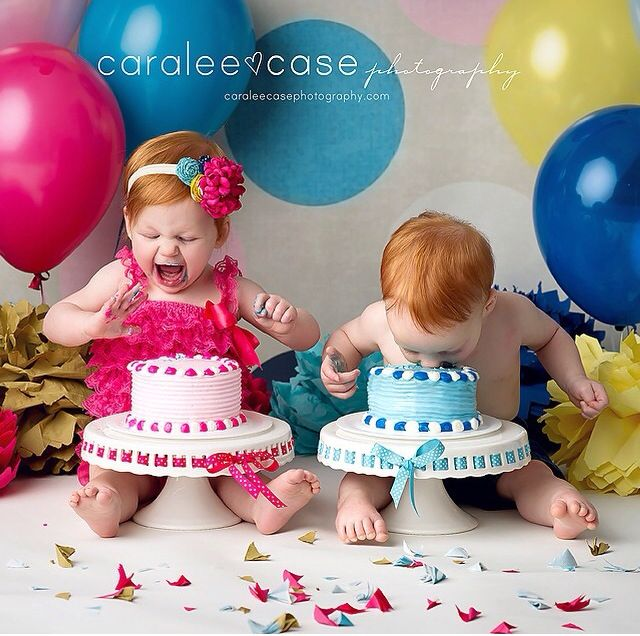 Twin first birthday cake smash photo session | lace romper outfit | Caralee Case