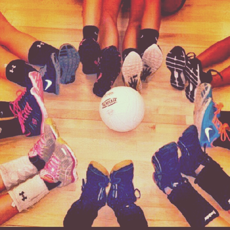 Volleyball idea for team picture!