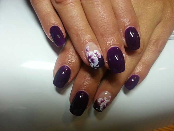 Beautiful nails ,nice day!