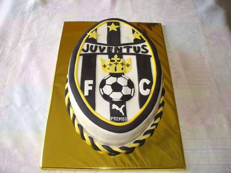 JUVENTUS — Birthday Cake Photos