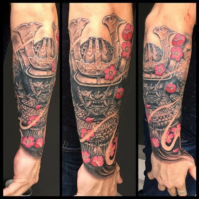 Done with the back forearm. Gonna merge this up to his full sleeve soon. Quick progress and great skin. Thanks brad a.k.a pink nips.