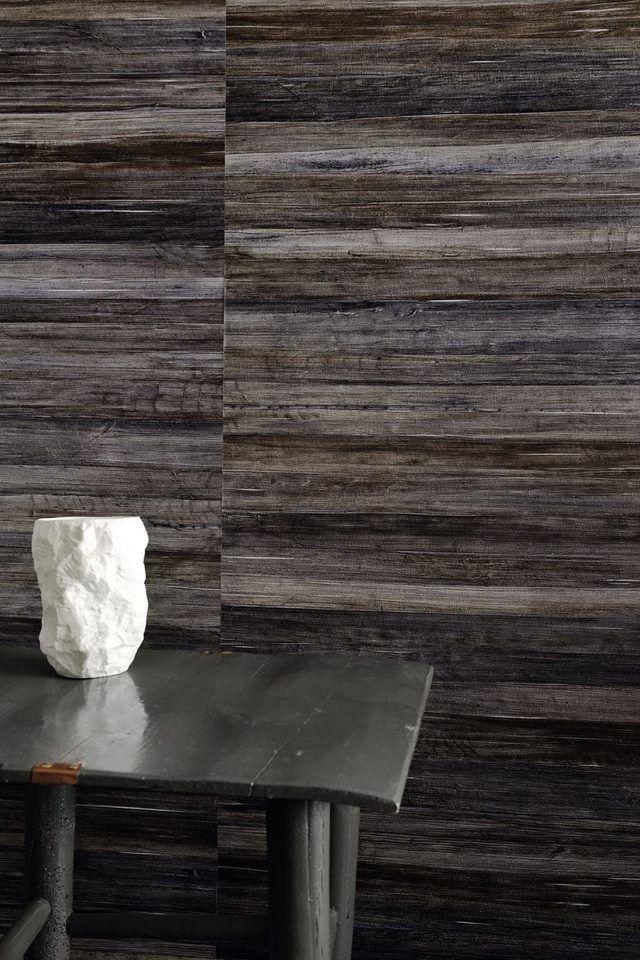 vinyl wallpaper - Isola http://www.elitis.fr/fr/wallpaper/collection-eldorado-247/drawing-isola-275#.VBhglPl_t1Y #wallpaper, #black, #wall